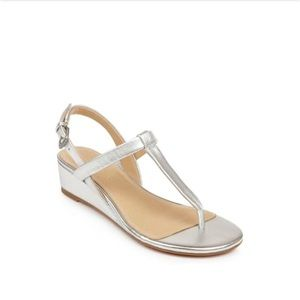 SPLENDID thong Wedge Sandal In Silver Size 7